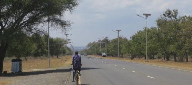 ルワンダ タンザニア 国境越え 374DAYS  (APR/1/2019)
